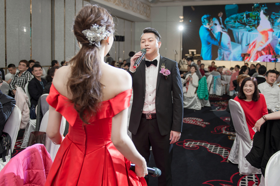 婚攝 高雄林皇宮 婚宴 時尚氣質新娘現身 S & R 137