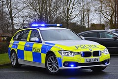 LJ17 APV (S11 AUN) Tags: northumbria police bmw 330d 3series xdrive estate touring anpr traffic supervision supervisor car roads policing unit rpu motor patrols 999 emergency vehicle lj17apv