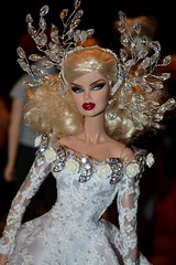 Dolls meeting (Nadine Gomes) Tags: doll toy fashion royalty integrity vanessa