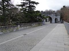 Portal Nuevo o de Santa Engracia parte alta muralla Pamplona 02 (Rafael Gomez - http://micamara.es) Tags: portal nuevo o de santa engracia parte alta muralla pamplona navarra