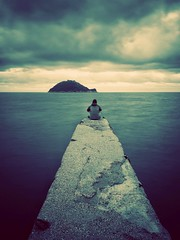 Meditazione (Ste.Viaggio) Tags: meditazione mare selfie isola olympus molo longexposure paesaggio solitudine viraggio pics