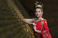 Eva (wu di 3) Tags: thai traditionalcostume royal asia la lady