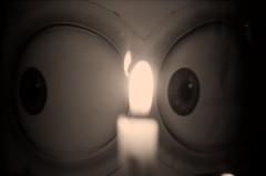 Ojos de minion (CTaf33) Tags: macromondays flame