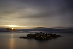 Mood#3 (Smart.In.Z) Tags: amanecer ciel cielo clouds leverdesoleil mar mer nuages nuebes olas paysage platjadaro rocas rochers rocks sea seascape sky sunrise vagues waves
