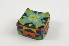 Houstonia Box (Michał Kosmulski) Tags: origami paperfolding box tessellation flower petal houstonia bluet rubiaceae azurebluet quakerladies michałkosmulski kamipaper patterned