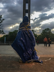 When It Comes to Art, Mexico City Has It Covered (Roblawol) Tags: art bag centralamerica city citycenter ciudaddemexico clouds cover dusk evening latinamerica mexico mexicocity mysterious mystery plastic rope statue