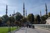 Plaza Sultán Ahmet - Mezquita Azul (JuanF Q J) Tags: turquía turkey cultura culture ruinas ruins belleza beauty octubre october zumo juice granada vacaciones holidays otomano ottoman estambul istanbul capital