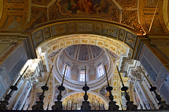 Candles (Thomas Roland) Tags: rome rom roma italia italy italien europe europa travel rejse holiday city by stadt roman tourist tourism destination visitors basilica church kirke katedral cathedral dome kuppel ceiling loft roof tag santa maria maggiore