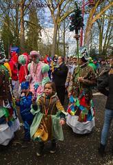 carnaval de Binche 2018 (louis.labbez) Tags: 2018 février binche belgique labbez carnaval folklore flickrcarnival chapeau défilé déguisement déguisé fête gras grimé maquillage parapluie carnival masque travesti carnavaleux masquelour chant foule tradition hainaut