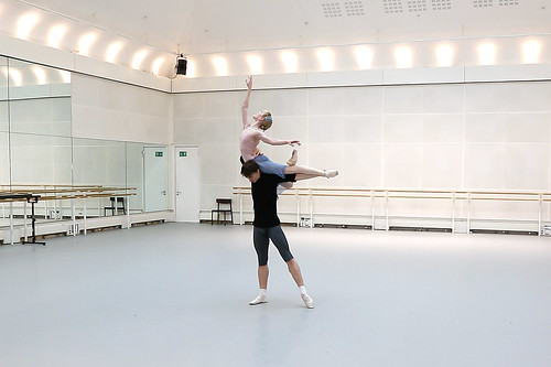Watch: Sarah Lamb and Vadim Muntagirov rehearsing The Royal Ballet's <em>The Winter's Tale</em>