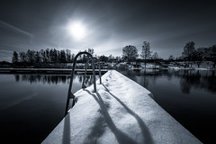 Irix (jarnasen) Tags: nikon d810 freehand handheld irix11mm irix wideangle superwide bnw mood mono monochrome jetty snow winter sun sky water stream daylight tones black white reflections nature nordiclandscape landscape landskap stångån kindakanal hjulsbro linköping sweden sverige scandinavia geo geotag järnåsen jarnasen copyright river perspective view scenery