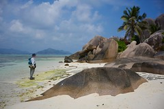 Lost in paradise (miannefoto) Tags: candid lonely paradies lostinparadise lost man ocean insel seychelles seychellen ladigue