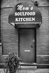 Mom's Soulfood Kitchen (Thomas Hawk) Tags: america missouri moms momskitchen momssoulfoodkitchen soulfood stlouis usa unitedstates unitedstatesofamerica fav10