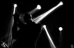 Ghostpoet (_Pek_) Tags: ghostpoet quirinetta silhouette livemusicphotography musicphotographer qubemusic liveconcert