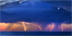 Coogee lightning (beninfreo) Tags: lightning storm cg cloudtoground cloudtogroundimages sunset colour cloud rottnest fremantle coogee westernaustralia australia canon canon5d3 100mmmacro