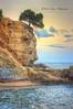 (039/18) Pino solitario (Pablo Arias) Tags: pabloarias photoshop photomatix capturenxd españa cielo nubes mar agua mediterráneo peñasco acantilado playa arena roca bahía costa cala pinet calpe alicante