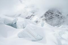 Grenzgletscher #7 (twoeye) Tags: hauteroute2014 hauteroute ski gletscher glacier crevasse powder clouds fog light