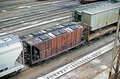 CB&Q Class HC-1A 181384 (Chuck Zeiler) Tags: cbq class hc1a 181384 burlington railroad covered hopper freight car cicero train chuckzeiler chz
