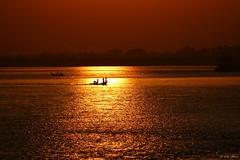 Voyage... (mars-chri) Tags: bagan birmanie fleuve coucherdesoleil fabuleuse excellencedumois