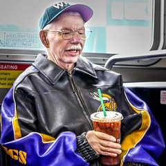 OLD DUFFER (panache2620) Tags: man retired traveler minneapolis minnesota urban city publictransportation senior seniorcitizen eos canon photojournalism photodocumentary candid candidportrait