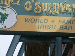 Silky O'Sullivan's, Memphis (hickmanjack) Tags: memphis sign silkys osullivan bar irish diver