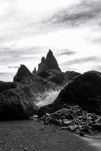 Crashing Waves - Reynisfjara