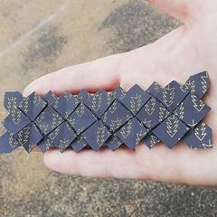 Tessellation Tiled Hydrangea toujours en cours. Design : Shuzo Fujimoto #origami #origamiart #papercraft #paper #paperart #craft #paperfolding #tessellation #hydrangea #tiledhydrangea #shuzofujimoto #origamitessellation (OrigamiInvasion) Tags: origami paperfolding papercraft paper craft