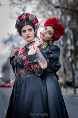 Beatriz Coelho & Beatriz Vaz (Hugo Miguel Peralta) Tags: nikon d7000 retrato portrait lisboa lisbon fashion mode frida khalo colors 80200 28 fantasia