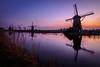 Kinderdijk (Niederlande) zum Sonnenuntergang - Kinderdijk (Netherlands) at sunset (Vera Arnold) Tags: kinderdijk niederlande holland netherlands sunset sonnenuntergang windmühle windmill wasser water colours farben himmel sky