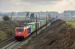 186 242-4 (Kuba Batorowicz) Tags: pcc intermodal train poddębice