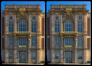 Berlin Palace portal IV 3-D / CrossView / Stereoscopy / HDR / Raw