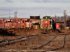 The end of the line (Robby Gragg) Tags: cefx sp sd45t2 9372 cp sd402 5777 silvis