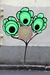. (just.Luc) Tags: panonerpan green groen grün vert flower bloem fleur blume wall muur mur mauer urbanart graffiti streetart parijs parigi paris france frankrijk frankreich francia frança europa europe îledefrance