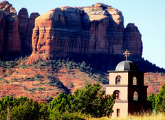 Highway Beauty: Red Rocks & Saint Luke's Church, Sedona, AZ (classic_film) Tags: sedona arizona church city town southwest southwestern american usa unitedstates canon religion religious landmark architecture nature america americana road yavapaicounty oldwest history highway building old alt oll época classic clásico faith christian christianity historic rock color iglesia igreja irchlich kirche kerk gottesdienst godshuis église bedehuis chapel añejo desert mountain mountains