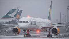 D-ABOK (tynophotography) Tags: condor 757300 dabok snowfall frankfurt airport 757 753 fra snow eddf boeing beacon