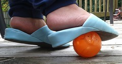 Gigi (5557) (Duke of Slippers) Tags: mules slippers soft vinyl shoes scarpe panofole pantoufles slide wedges