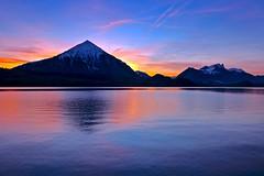 Evening glow (sylviafurrer) Tags: niesen twilight abendstimmung abenddämmerung abendlicht thunersee lakethun see lake landschaft landscape rot blue switzerland