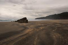Before us (A.González) Tags: tierra earth playa beach mar sea seascape landscape paisaje nube nublado nubes nuboso cloud cloudy clouds roca rock rocas rocks arena sand luz light airelibre naturaleza nature horizonte horizon