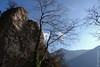 Le rocher de Scarigiöla, près de Gandria (Tessin) (25/12/2017 -19) (Cary Greisch) Tags: che carygreisch felsen gandria scarigiöla sentierodellolivo switzerland ticino rocher