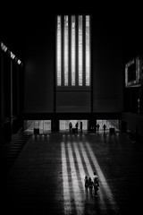 The tate (Daz Smith) Tags: chosen dazsmith fujixt20 fuji xt20 andwhite bath city streetphotography people candid portrait citylife thecity urban streets uk monochrome blancoynegro blackandwhite mono tate gallery london windows light