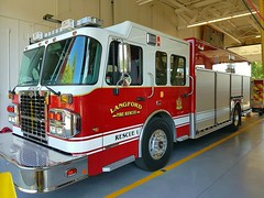 Langford Fire Rescue, BC Rescue 1 (1) (walneylad) Tags: langford vancouverisland britishcolumbia canada firedepartment firerescue fireservice firebrigade pompiers bomberos bombeiros fireapparatus fireappliance firevehicle emergencyvehicle firetruck fireengine rescuepumper rescuevehicle pumper pumpladder rescueunit red heavyrescue rescuesquad rescue1