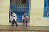 La Conversacion #2 (Fenfotos) Tags: conversation cienfuegos trinidad trinidadcuba cuba cityscape streetphotography cuban fujifilm xt2 kuba friends