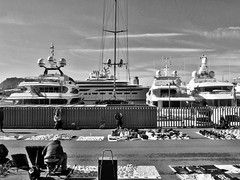 Tax free. (Andreas Koppe) Tags: bw boat blackandwhite olympus xz2 people barcelona spain harbor