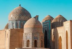 Le célèbre Shah-E-Zindeh, à Samarcande (Histoires de tongs) Tags: uzbekistan ouzbékistan tourdumonde travel trip roundtheworld adventure aventure voyage architecture découverte discover visite visit