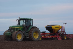 John Deere 7810 Tractor with a Vaderstad Spirit R 300S Seed Drill (Shane Casey CK25) Tags: john deere 7810 tractor vaderstad spirit r 300s seed drill jd green glanworth traktor trekker traktori tracteur trator ciągnik sow sowing set setting drilling tillage till tilling plant planting crop crops cereal cereals county cork ireland irish farm farmer farming agri agriculture contractor field ground soil dirt earth dust work working horse power horsepower hp pull pulling machine machinery grow growing nikon d7200