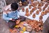 a guy doing a coconut art (rvns.yathish22) Tags: karnatakachitrakalaparishath bangalore guy doing coconut art