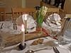 Tischdeko zum runden Geburtstag (onnola) Tags: koblenz rheinlandpfalz deutschland rhinelandpalatinate germany restaurant feier fest geburtstag tisch tischdeko kerze candle tulpen blumen ast serviette glas table decoration birthday