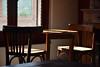 DSC_0981 (tatovisso) Tags: habitación sillas d5300 nikon 18140 luz añejo