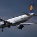 Frankfurt Airport: Lufthansa Airbus A321-131 A321 D-AIRS im Anflug