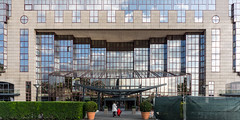 Hyatt Cologne (lucico) Tags: deutschland germany eu europe europa day daylight facade windows cologne köln hotel